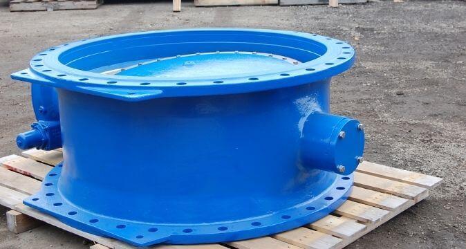 Armatura specjalistyczna do wody z żeliwa sferoidalnego – przepustnica DN 1200